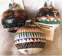 image for Z OUT OF STOCK - Navajo Etched Horsehair Pottery Christmas Ornament